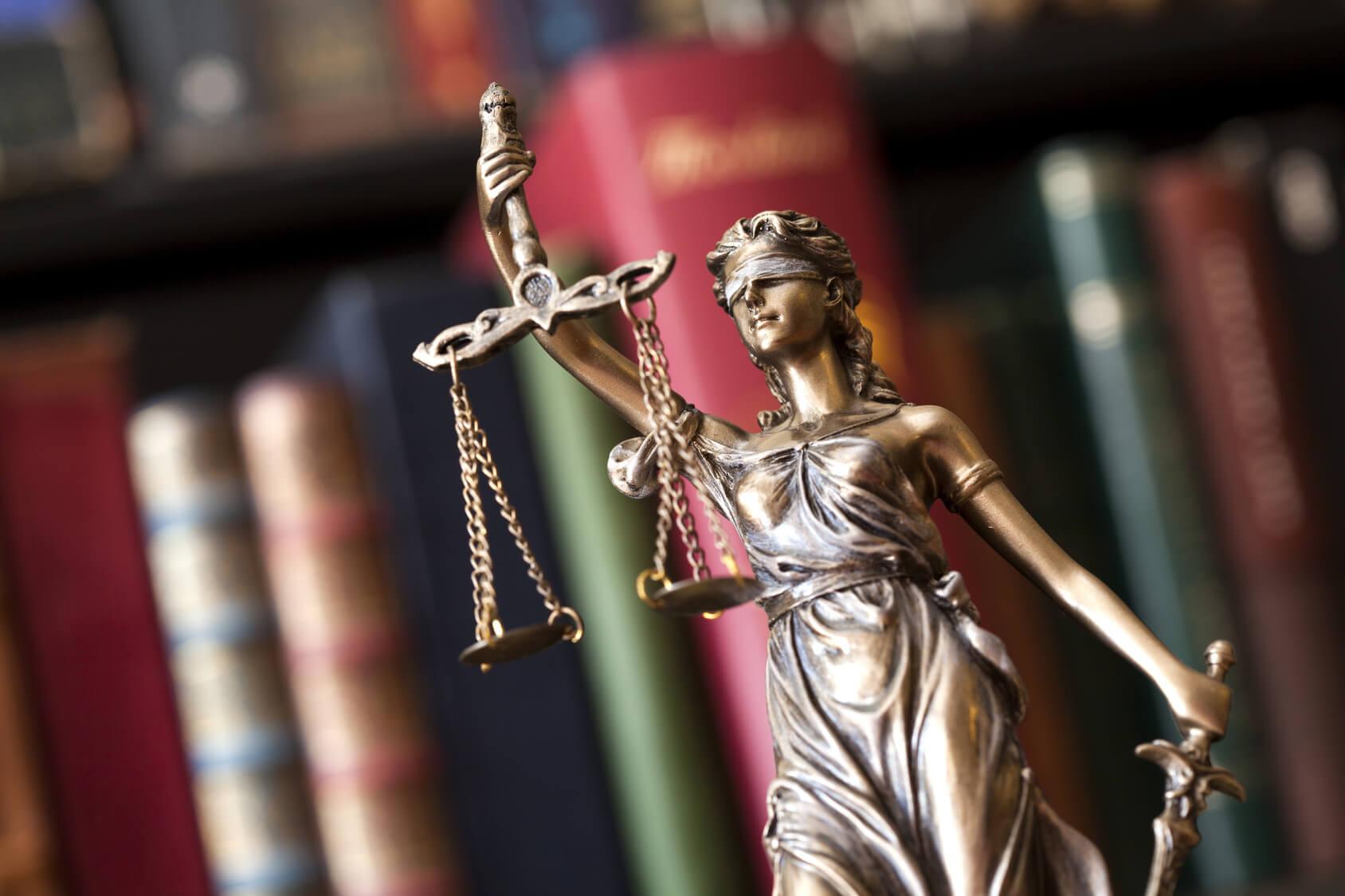 prawnik a finanse